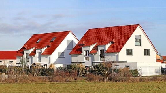 Neugebaute Häuser
