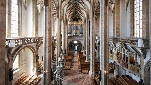 Blick in den Dom St. Marien Freiberg mit der Großen Silbermann-Orgel