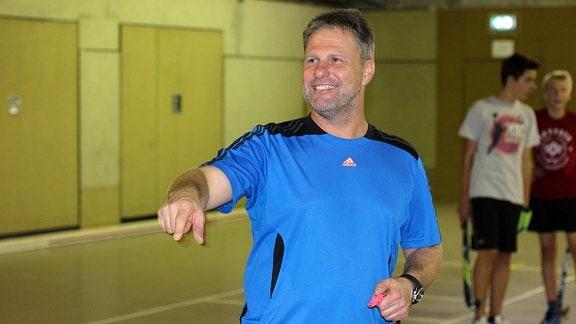 Dirk Richter während des Hockeytrainings der A-Knaben in Köthen