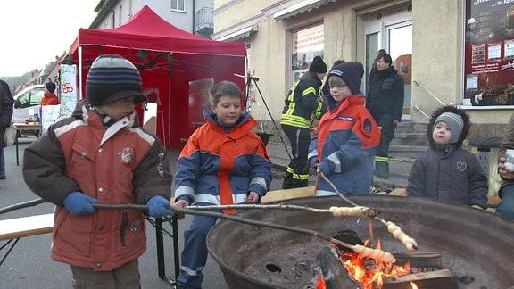Feuer und Flamme - Voller Einsatz für den Nachwuchs