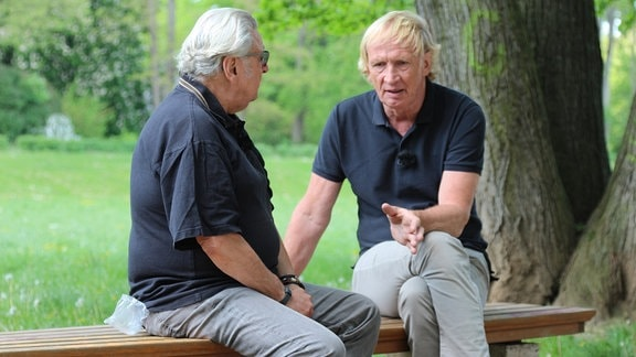 "Szene aus ""Trocken-Doc - Alkoholfrei leben"". bernd Thränhardt im gespräch mit Peter"