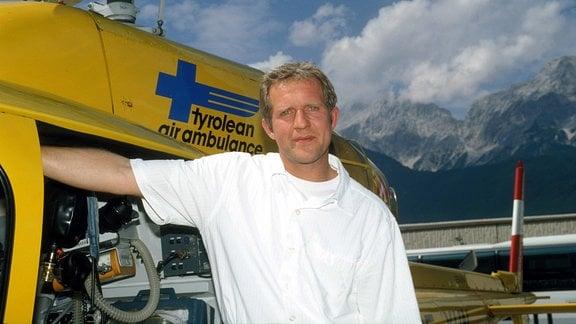 Harald Krassnitzer als Bergdoktor, 1995