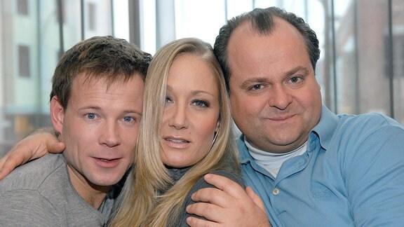 V.l.n.r.: Schauspieler Mathias Schlung, Janine Kunze und Markus Majoski während eines Pressetermins.