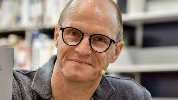 Dr. Karsten Brensing