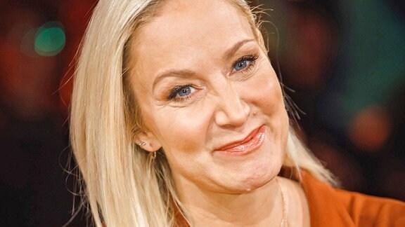 Schauspielerin Janine Kunze anläßlich der Aufzeichnung der MDR - Talkshow Riverboat am 15.02.2019 im Studio 3 der Mediacity Leipzig.