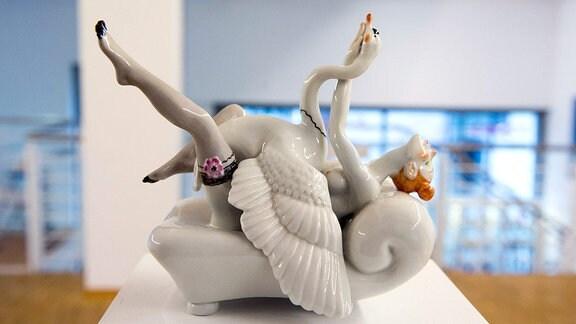 Die Zeitkunstgalerie zeigt Porzellankunst von Kati Zorn.