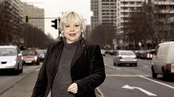 Ursula Staack, Schauspielerin, in Berlin.