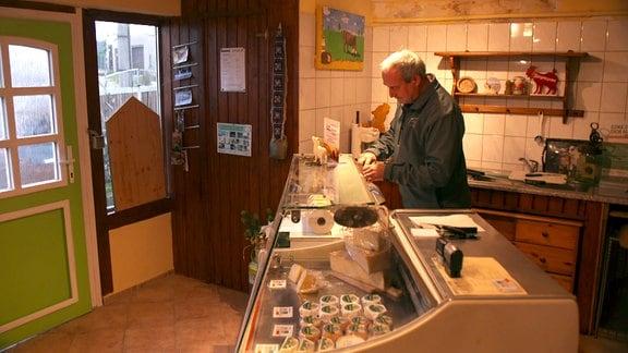 Verkaufstresen in einem kleinen Laden