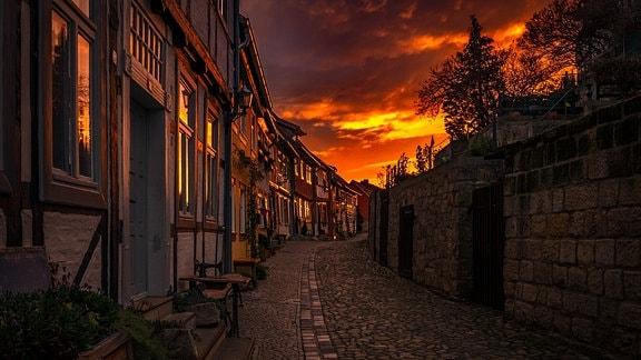 Quedlinburgs Altstadt bei Sonnenaufgang