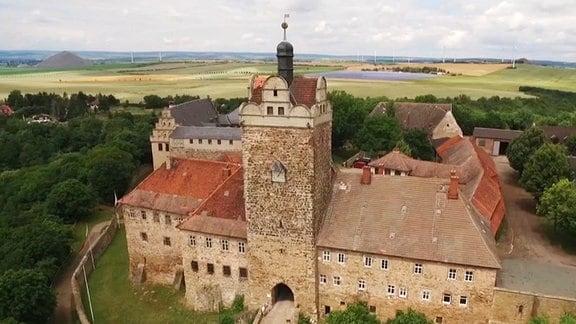 Blick von oben auf das Schloss Allstedt.