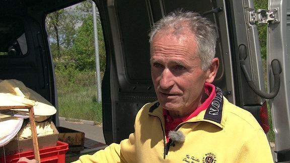Der Imker Enrico Kretzschmar aus Halberstadt