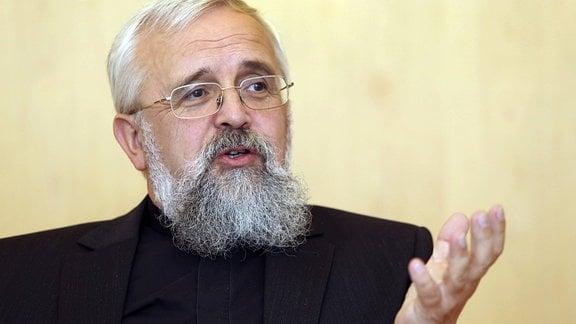 Bischof Gerhard Feige