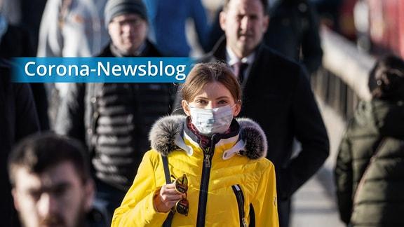 Frau mit Mundschutz-Maske