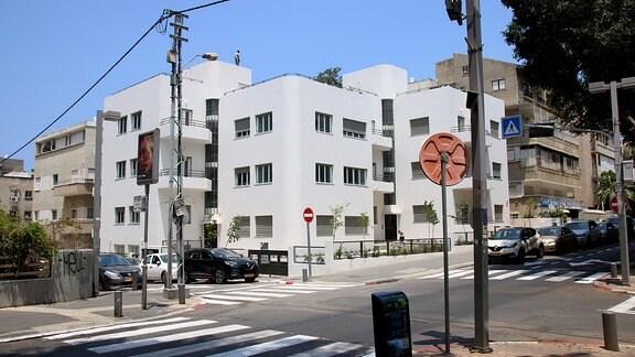 Gebäude im Bauhausstil in Tel Aviv.