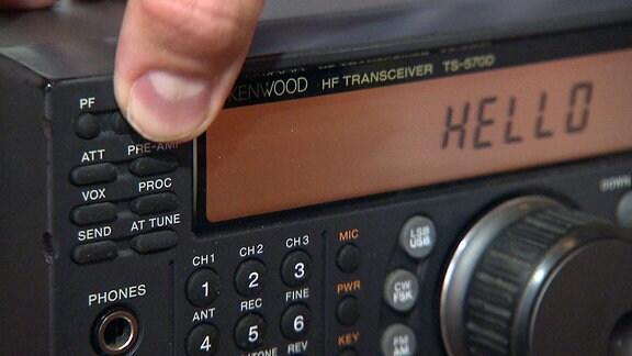 Funkstation wird eingeschaltet