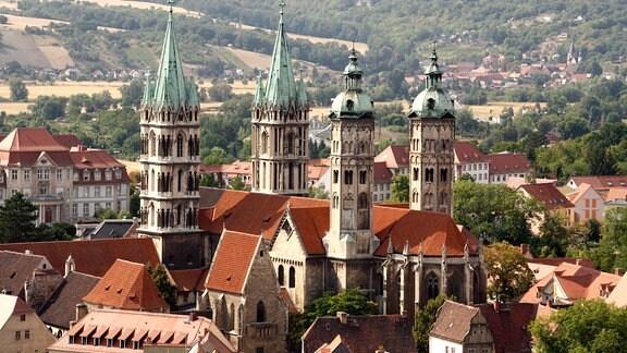 Der Naumburger Dom, fotografiert vom Turm einer anderen Kirche