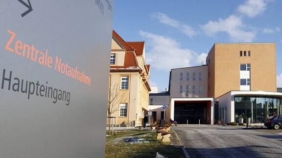 Gebäude des Saale-Unstrut Klinikum in Naumburg.