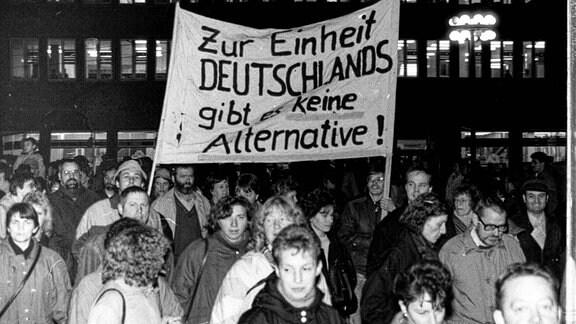 Montagsdemo mit Hunderttausenden in Halle, 1989