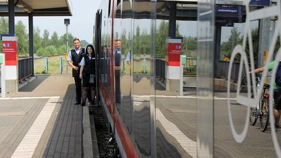 Ausbildungsoffensive Bahn-Azubis unterwegs mit dem Juniorzug