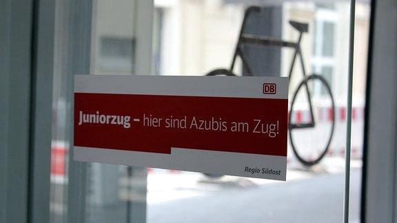 Ausbildungsoffensive - Bahn-Azubis unterwegs mit dem Juniorzug