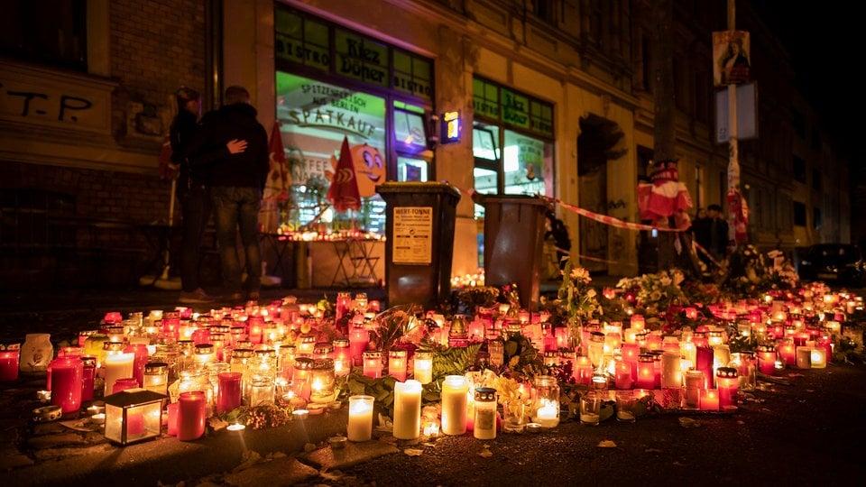 Nach Terroranschlag: Bundespräsident Steinmeier drückt Mitgefühl gegenüber Dönerbesitzer in Halle aus   MDR.DE