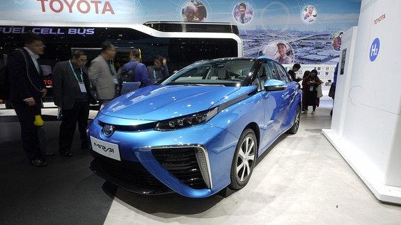 Das am 7. November 2018 aufgenommene Foto zeigt das Wasserstoff-Brennstoffzellenfahrzeug von Toyota bei der ersten China International Import Expo (CIIE) in Shanghai, Ostchina.