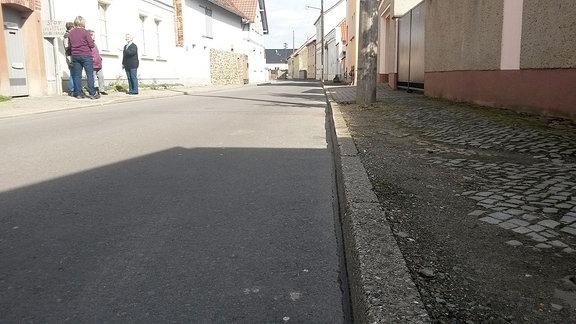Eine Straße.