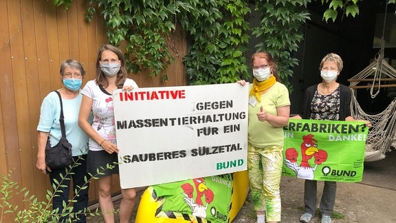 Mitgliederinnen der Initiative Sauberes Sülzetal