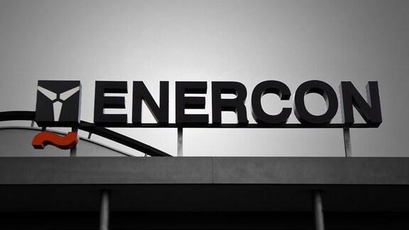 Schriftzug am Unternehmenssitz der Enercon GmbH in Magdeburg