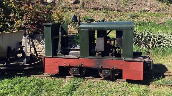 Eine historische Diesellok der Feldbahn Schlanstedt