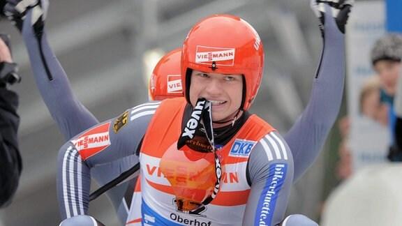 Doppelsitzer Männer vorn Toni Eggert und Sascha Benecken.