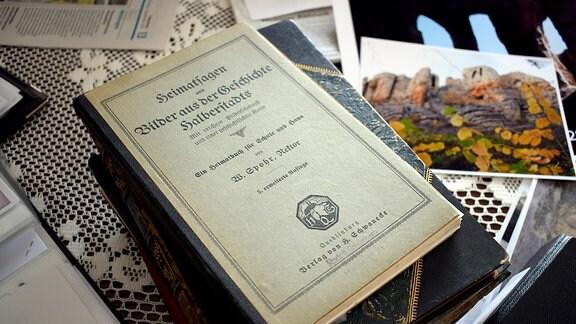 Bücher über den Klusfelsen.