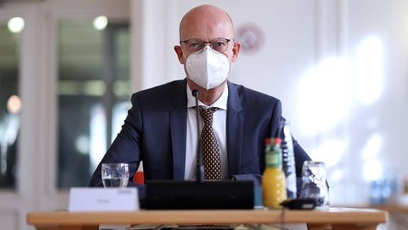 Halles Oberbürgermeister Bernd Wiegand (parteilos)