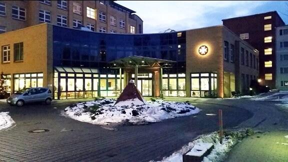 Eingang des Johanniter Krankenhauses in Stendal