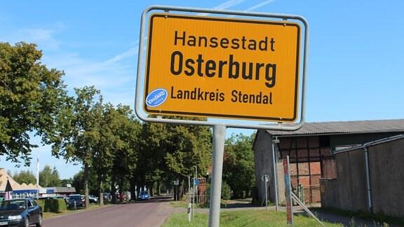 Ortsschild der Hansestadt Osterburg