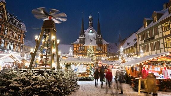 Der Weihnachtsmarkt auf dem Marktplatz Wernigerode