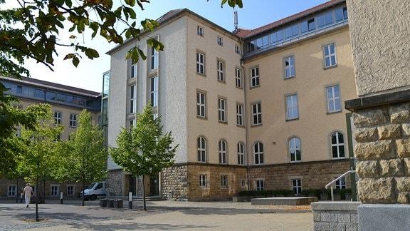 Rückwärtige Ansicht des Sorbischen Gymnasiums in Bautzen.