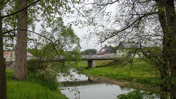 Die Spree bei Haldendorf wurde in ihre Altarme zurückgeleitet.