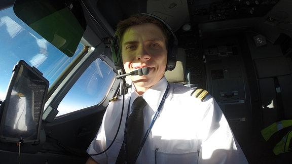 Flugkapittän/Pilot Sebastian Schollbach aus Görlitz