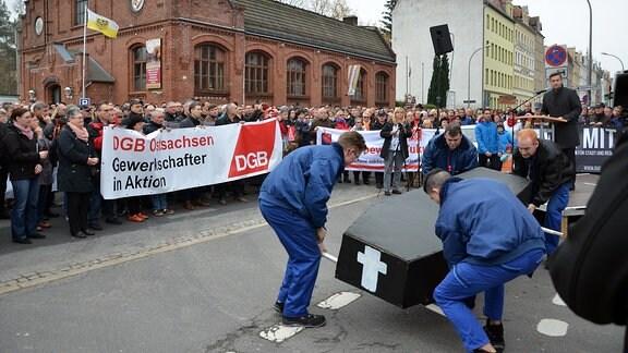 Demo vor Siemenswerk in Görlitz