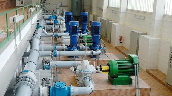 Wasserwerk Pumpenhalle: Von hier fließt das Wasser zu Zwischenspeichern oder in die Hauptverteilerstränge