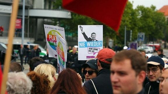 "Bilder der Kundgebung ""Herz statt Hetze"""