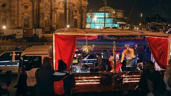 Bühne Seifenopernball Dresden.