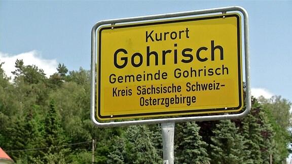 Ortseingangsschild des Kurortes Gohrisch