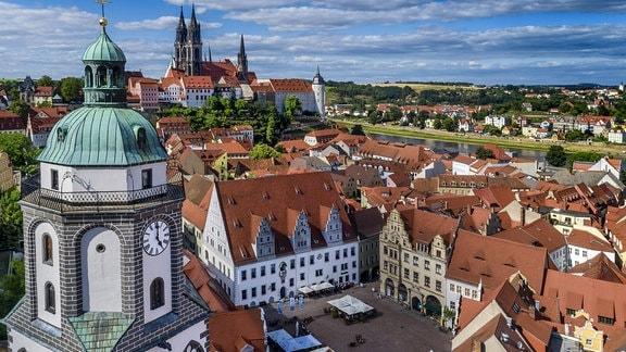 Der Dom zu Meißen überragt die Altstadt