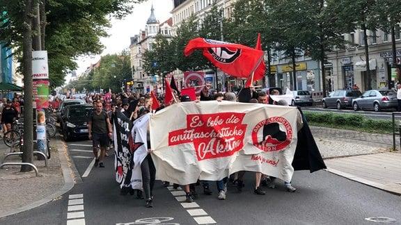 Demo durch die Leipziger Südvorstadt