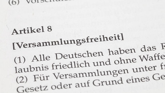 Artikel 8, Grundgesetz