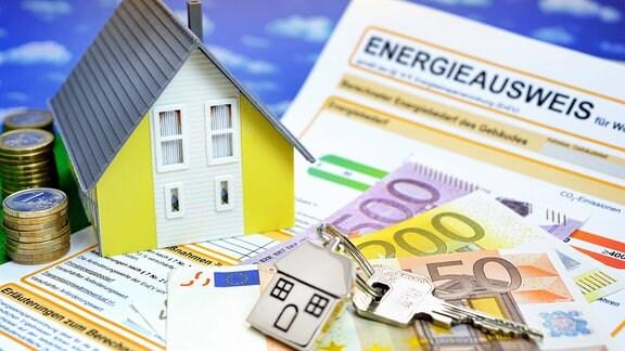 Miniaturhaus und Energieausweis