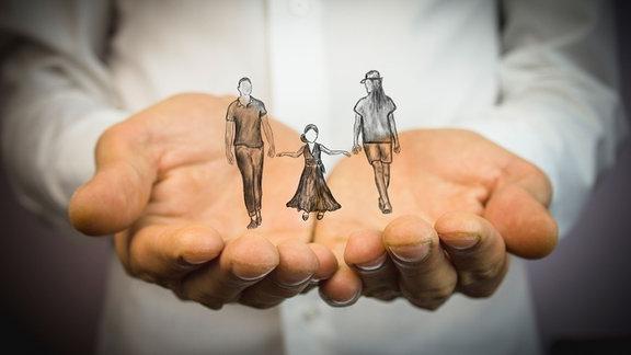 Illustration - auf den Händen eine Familie