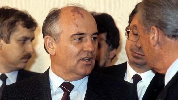 Michail Gorbatschow, 1985